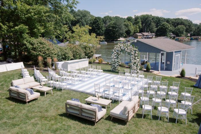 Dreamy Coastal Wedding Decor Ideas to Tie the Knot, 2020 08 08 MJ 02252